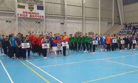 """ХК """"Бианко Монте Драма 1968"""" (Гърция) спечели първото издание на детския международен турнир по хандбал """"Атанас Карабельов"""""""