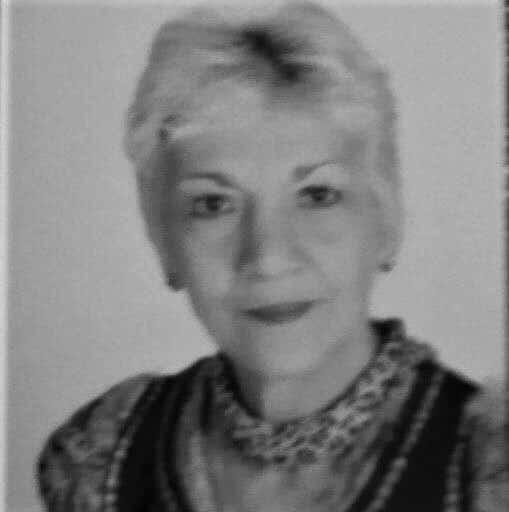 Напусна ни Наташа Бакалова – Маша