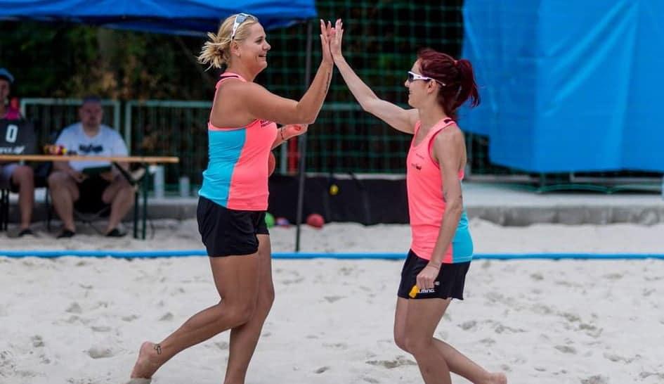 Меги Кънева и Ралица Тодева ще бъдат съдийското лице на България на Евро`2021 по плажен хандбал